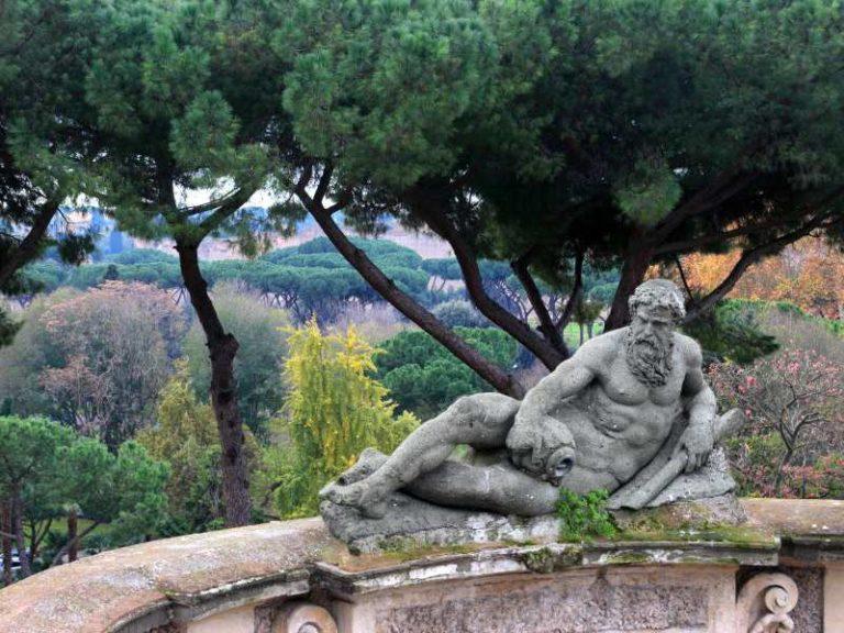 presentazione del libro Conosci te stesso colorando i mandala Villa Celimontana